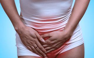 Поражение циститом при месячных: как лечить?