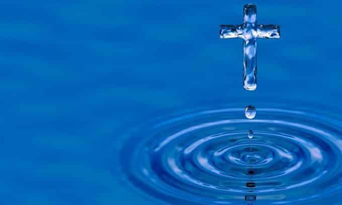 Заговор с использованием святой воды при заболеваниях мочевыводящих путей