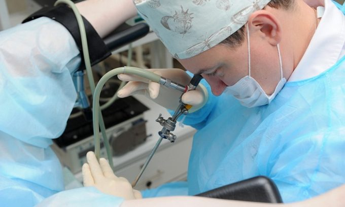 Определить степень разрушения стенок мочевого пузыря и скорректировать лечение поможет цистоскопия