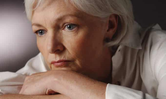 При менопаузе риск развития цистита возрастает