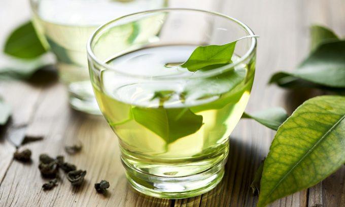 При цистите нужно пить зеленый чай