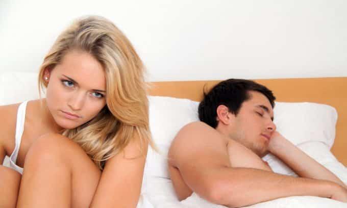 Существуют разные причины повышения эпителия в моче, один из них патологии половой сферы у женщин