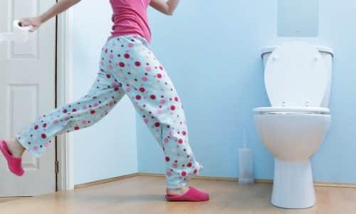 Симптомы обострения патологии практически не отличаются от острой фазы, один из них частые позывы к мочеиспусканию