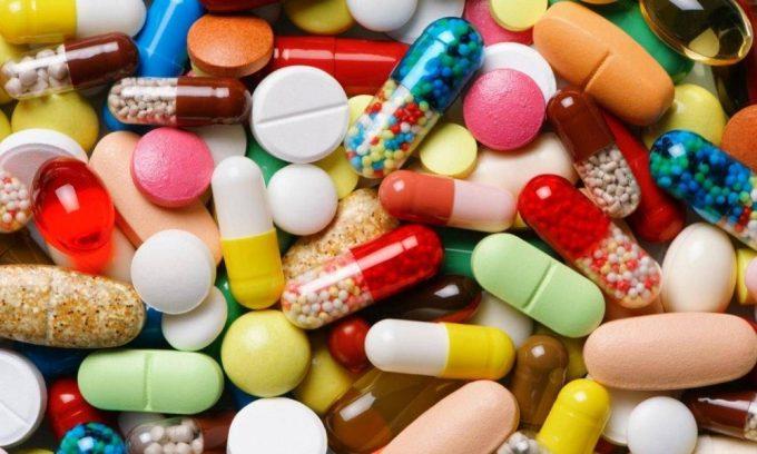 Длительное применение антибактериальных препаратов - причина развития воспаления мочевого пузыря