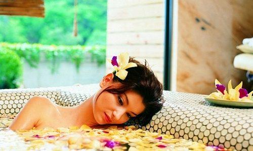 Эффективным и проверенным средством, которое помогает снять воспаление, являются ванночки, приготовленные на основе лекарственных растений