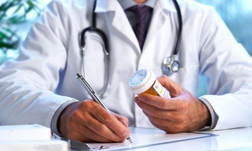 Медикаменты подбираются строго в индивидуальном порядке с учетом собранного анамнеза