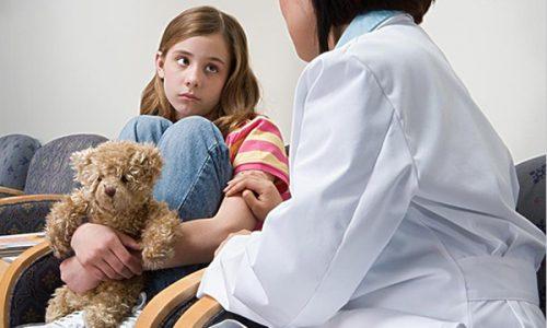 При обострении хронического цистита у детей обязательное правило - вызов педиатра