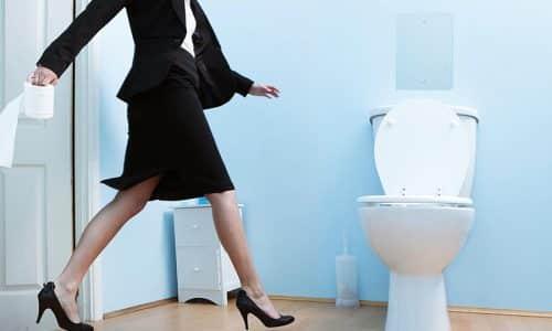 Последствия хронического цистита у женщин могут выражаться и в недержании мочи и в острой ее задержке