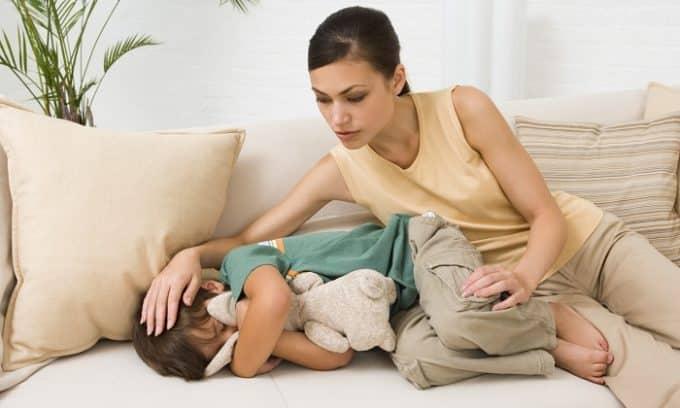 По течению различают острый и хронический цистит у детей. Острый цистит развивается стремительно, его сопровождает ухудшение общего состояния организма, а клинические симптомы проявляются ярко