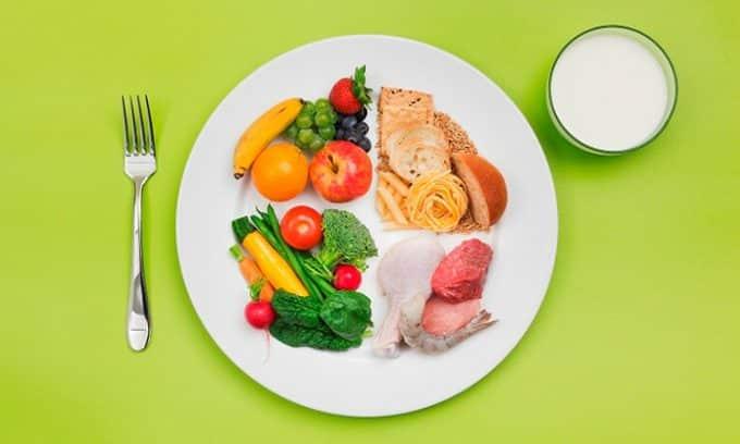 Важная роль в профилактике патологии отводится правильному питанию